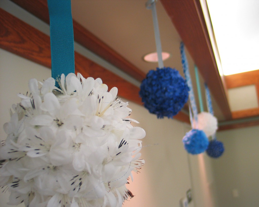 Feather fluff decor adjusted